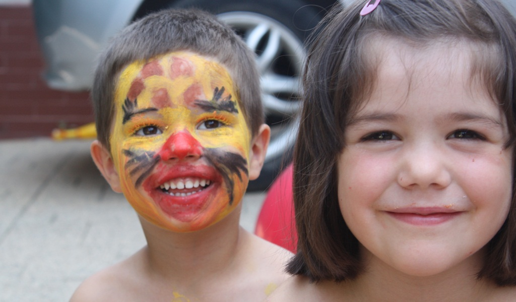 Face painting for kids - tiger on boy face