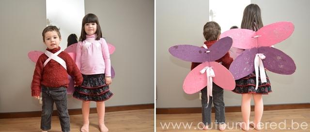 creatief knutselen met kinderen - spelen met fee vleugels van karton