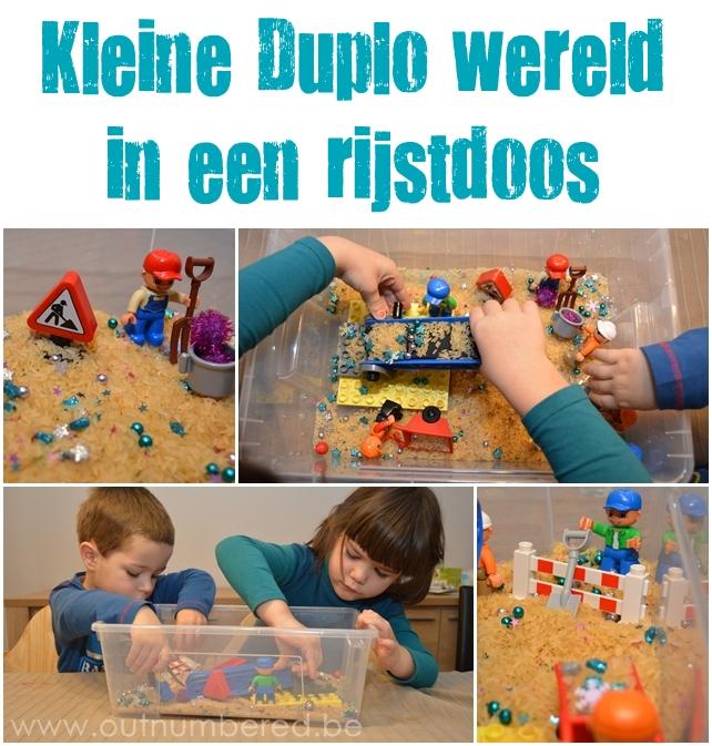 Originele spel activiteit voor kinderen met een Duplo bouwwerf scene in een doos